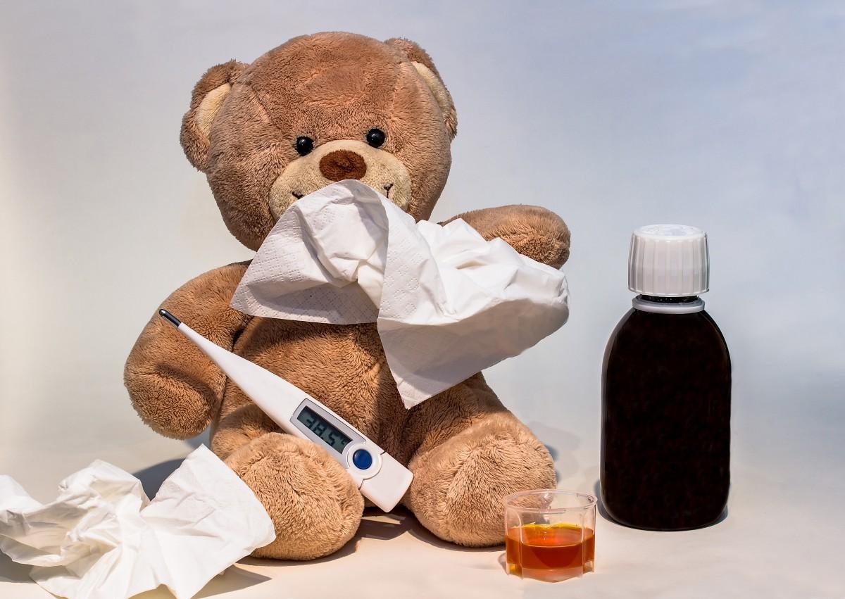 cold_ill_fever_thermometer_increased_temperature_light_fever_medical_medicine_bottle_liquid_medicine-1375447